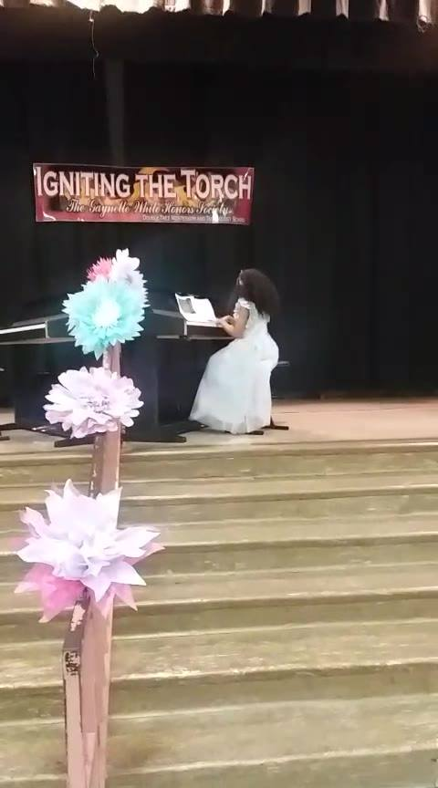 Double Tree's piano recital music played by Victoria.