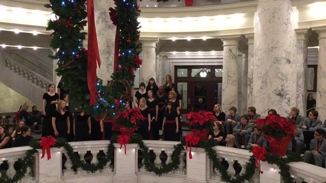 Boise High School Choirs and Orchestra Holiday Rotunda Concert 2019