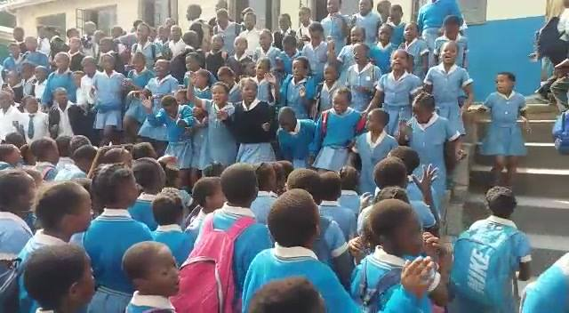 Today we are playing agaist Sithebe Primary School Here is the excitement before the school arrived in our school💃💃💃💃